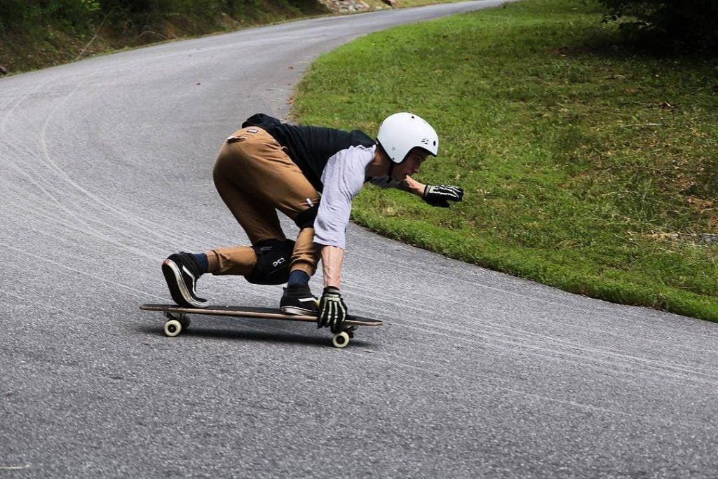 Photo of Zak of Meat Bicycle on a Toeside
