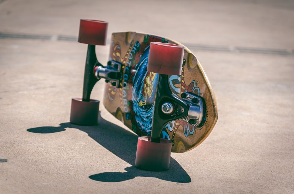loingboard wheels and trucks